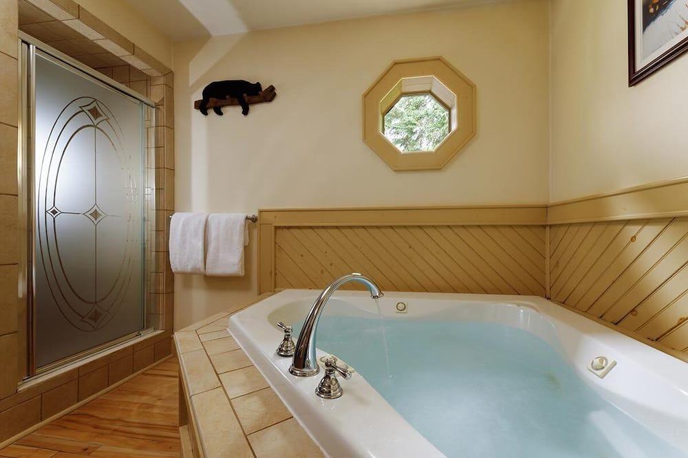 Phòng Premium - Bồn tắm spa riêng