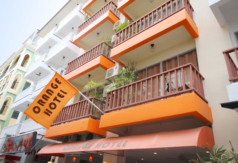 오렌지 호텔, 파통