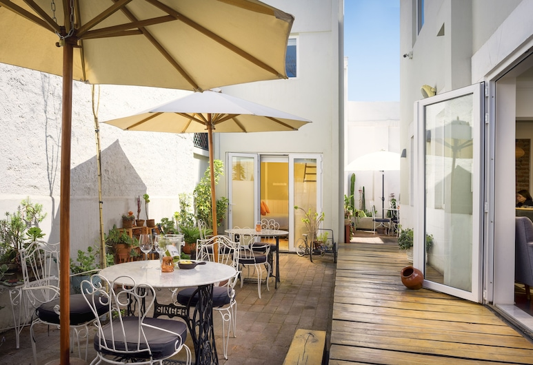 CasaSur Charming Hotel, Santiago, Terrace/Patio