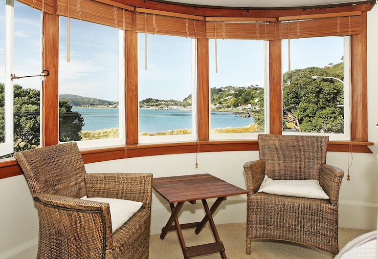 Beachfront Wellington Bed & Breakfast, Wellington