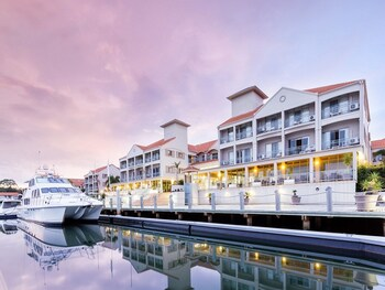 Picture of Ramada Hotel Hope Harbour in Hope Island