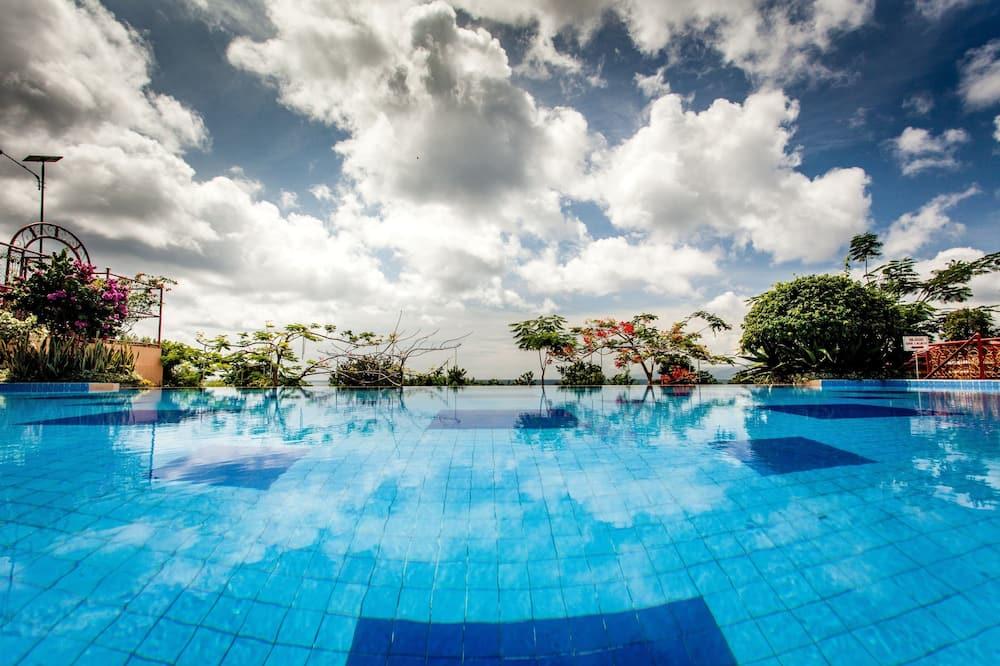 Deluxe Δωμάτιο, Θέα στον Κήπο - Εξωτερική πισίνα
