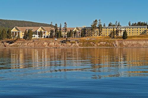 湖濱小屋飯店