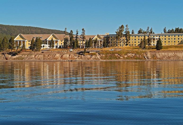Lake Hotel and Cottages - Inside the Park, Jeloustouno nacionalinis parkas, Viešbučio fasadas