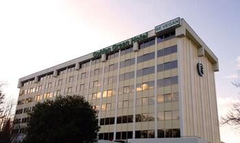Fotografia do Golden Green Hotel em Charlotte
