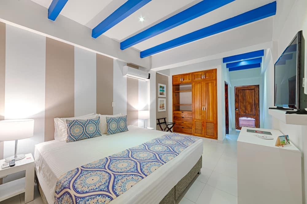 غرفة مزدوجة عادية - سرير مزدوج - بمنظر للمسبح - غرفة نزلاء
