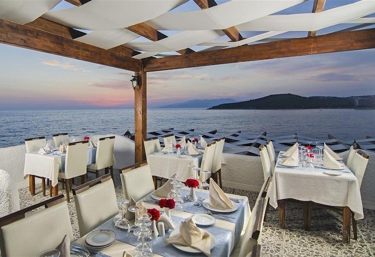 Kustur Club Holiday Village , Kuşadası, Açık Havada Yemek