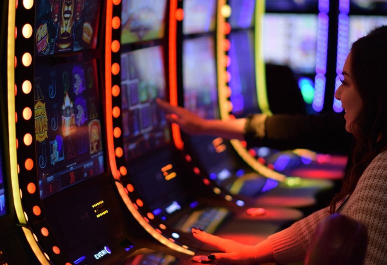 Angel Of The Winds Casino Resort, Arlington, Casino