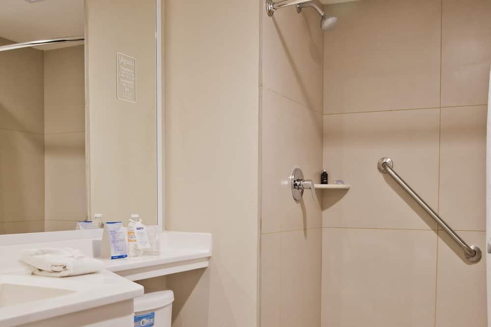 Štandardná izba, 1 veľké dvojlôžko - Kúpeľňa