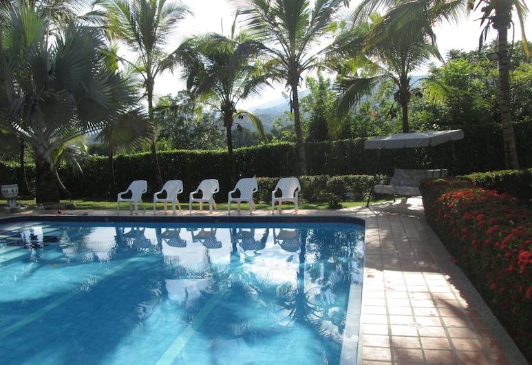 Finca Hotel Morichal Santa Fe, Santa Fe de Antioquia, Alberca al aire libre