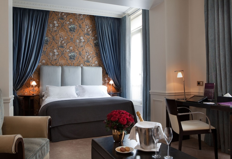 Hôtel de la Trémoille, Paris, Standard Tek Büyük Yataklı Oda, Oda