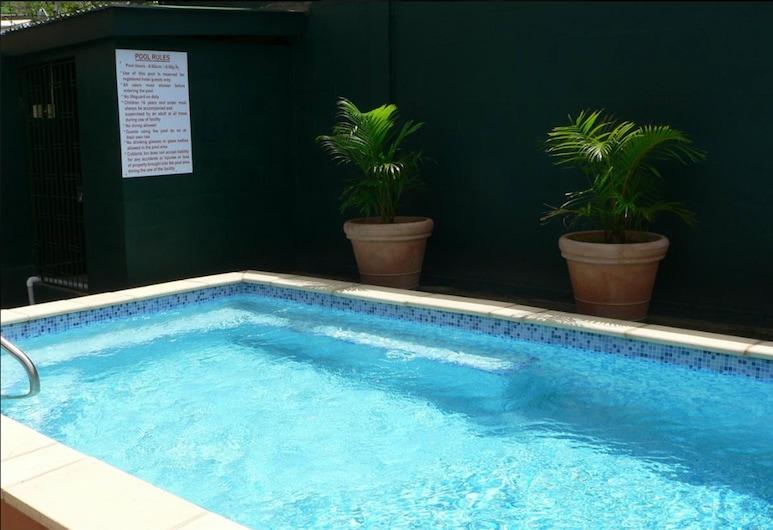 Coblentz Inn Boutique Hotel, Port of Spain, Hồ bơi ngoài trời