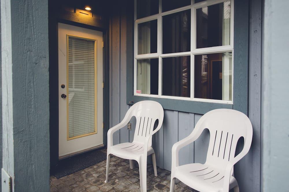 อพาร์ทเมนท์, 1 ห้องนอน - ระเบียง