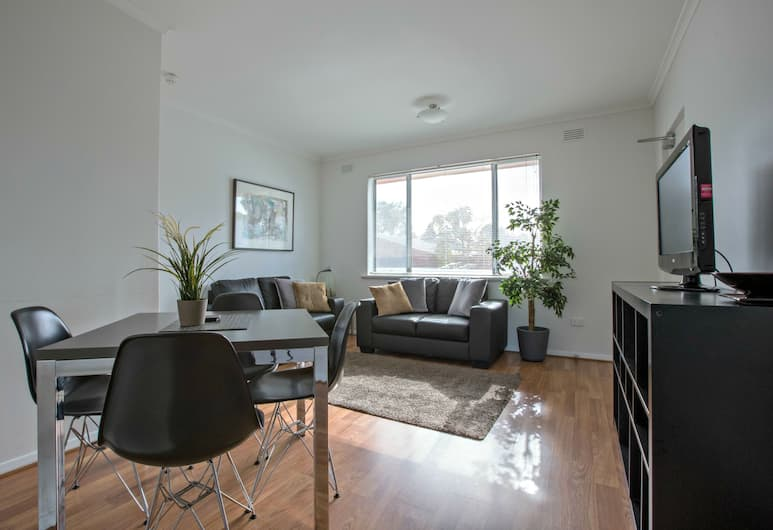 Adelaide Dresscircle Apartments Childers Street, North Adelaide, 2 Bedroom Apartment, Kitchen, Living Room