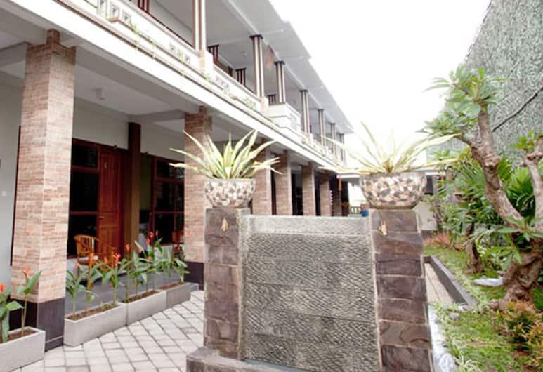 GM Bali Guesthouse, Kuta, Mặt tiền/ngoại thất