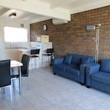Standard-Apartment, 2Schlafzimmer, Nichtraucher, Küche (Pool side) - Wohnbereich