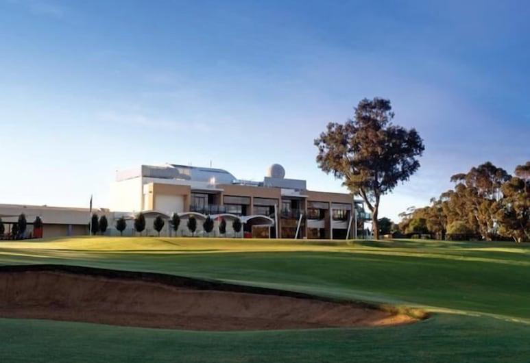 Rich River Golf Club Resort, Moama, Fasada hotelu