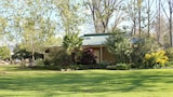 Choose This Luxury Hotel in Tumut