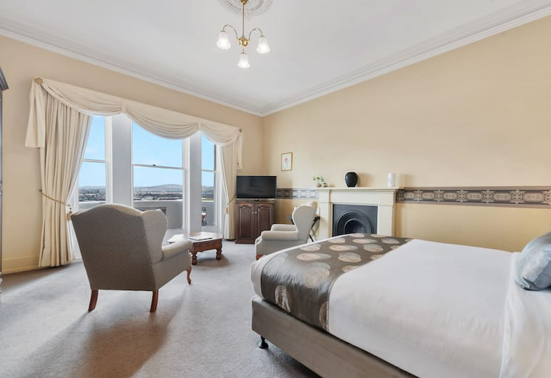 Waratah on York, Launceston, Deluxe Suite, 1 King Bed, Jetted Tub, Guest Room