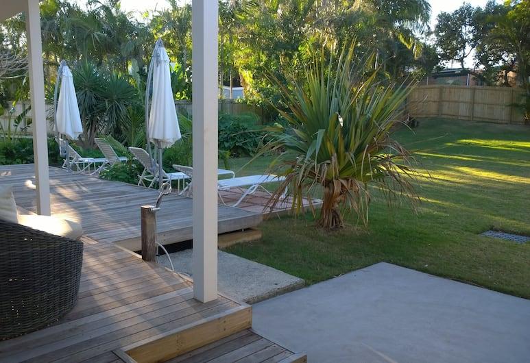 Byron Palms Guesthouse, Byron Bay, King Ensuite Studio, Terrace/Patio