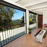 Апартаменты, 6 спален (Exclusive use of Mapleton Falls Manor) - Балкон