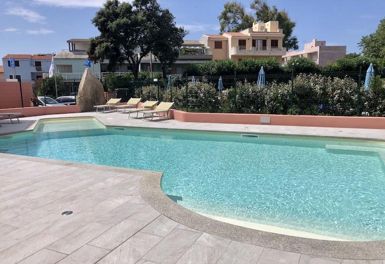 Residence I Mirti Bianchi, Santa Teresa di Gallura, Pool