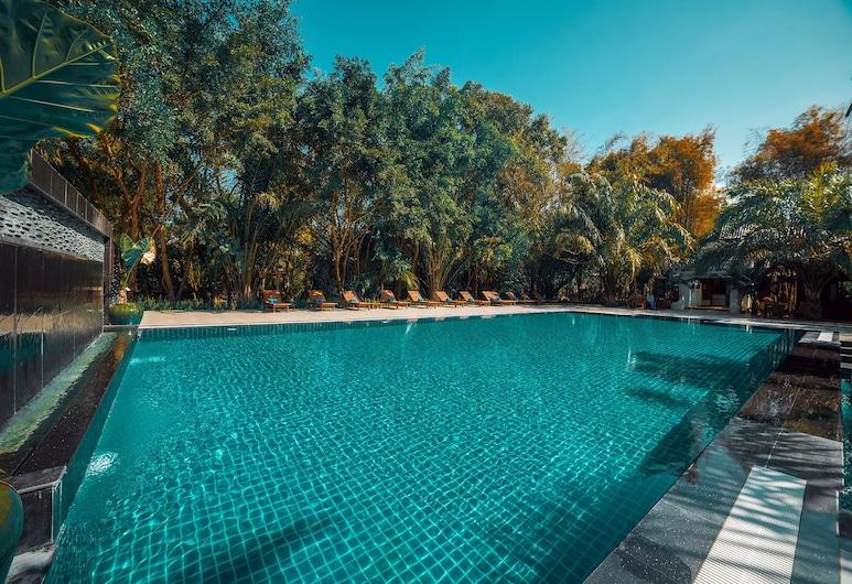 茵萊水療度假村, 娘水, 室外泳池