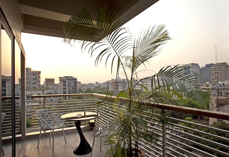 Lakeshore Banani , Dhaka, Suite empresarial, Balcón