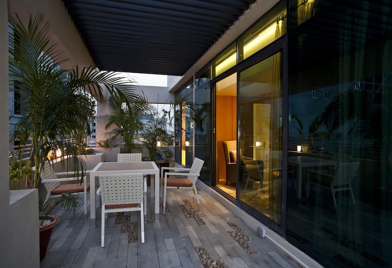 Lakeshore Banani , Dhaka, Elitni penthouse, Pogled iz sobe za goste