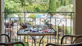 Mougins hotel photo