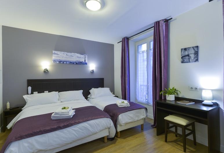 Hotel du Quai de Seine, Paris, Triple Room, Guest Room View