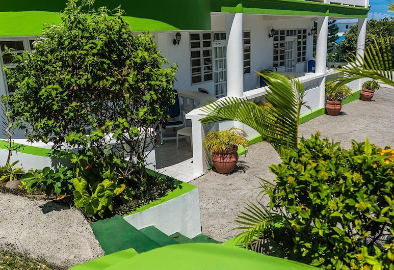 Four Springs Inn, Gros Islet, Garden