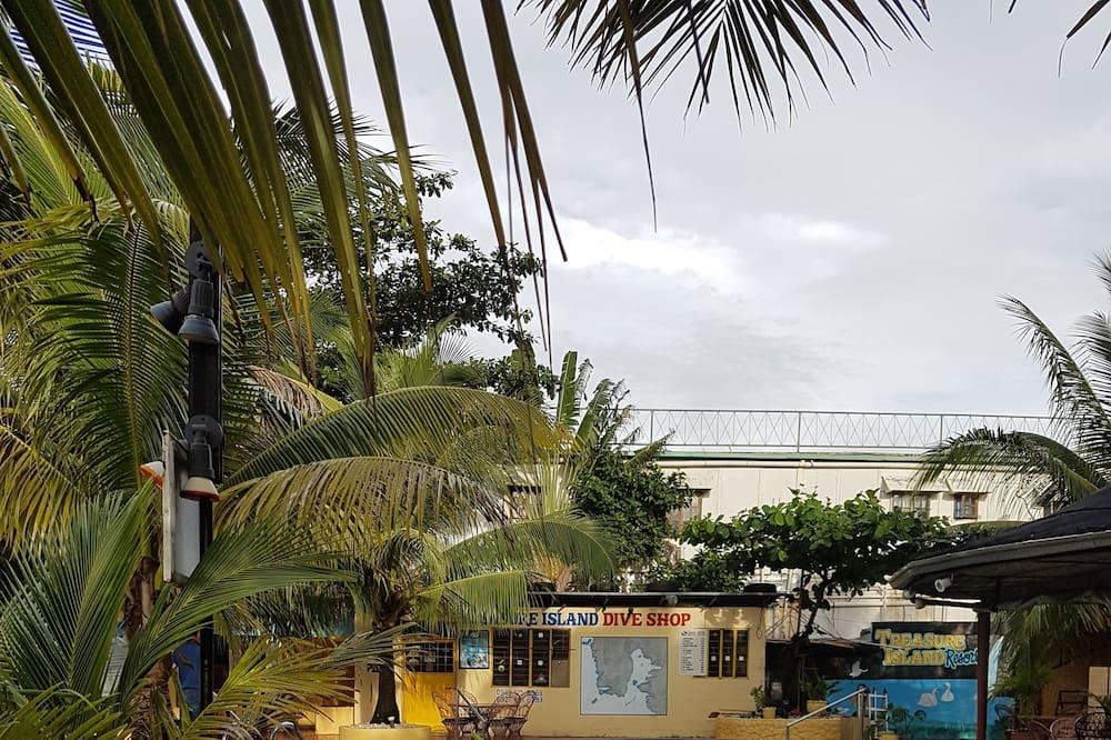 Huone, Näköala uima-altaalle (Cabana) - Näköala huoneesta