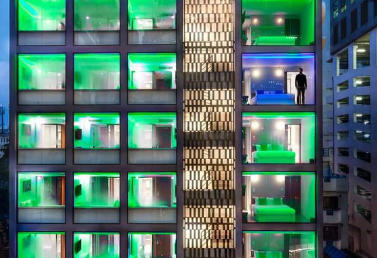 S Box Sukhumvit Hotel , Bangkok, Exteriér