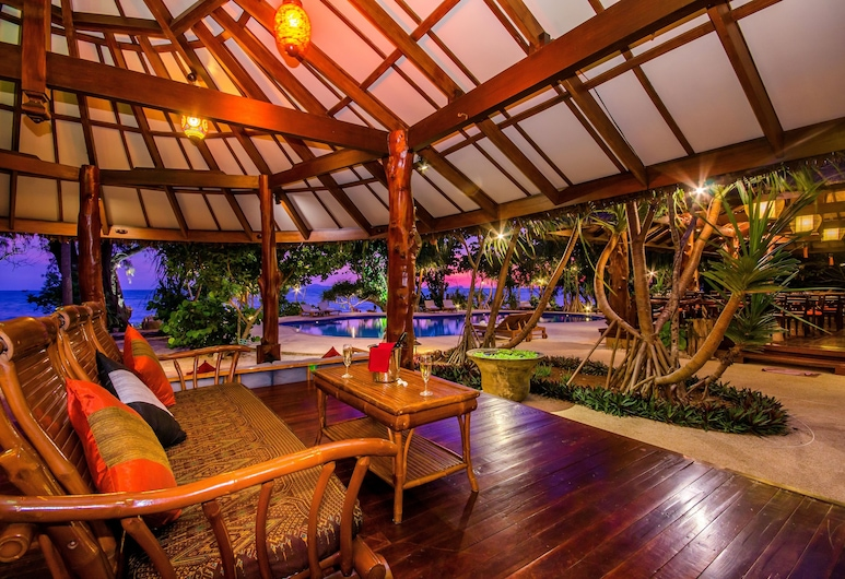 "Koh Jum Beach Villas ""A member of Secret Retreats"" , Nuea Khlong, Bar"