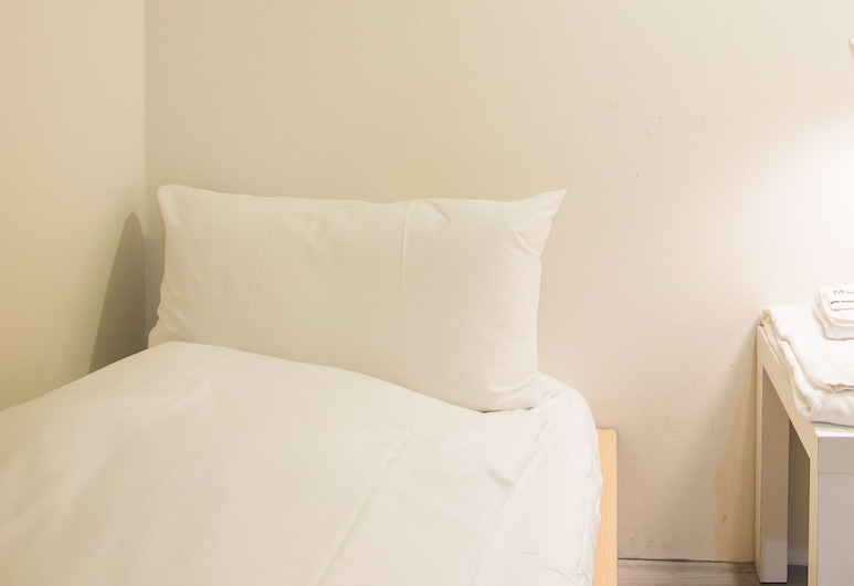 So Stylish 3S inn, Taipei, Basic Single Room, Men only (Male only), Bilik Tamu