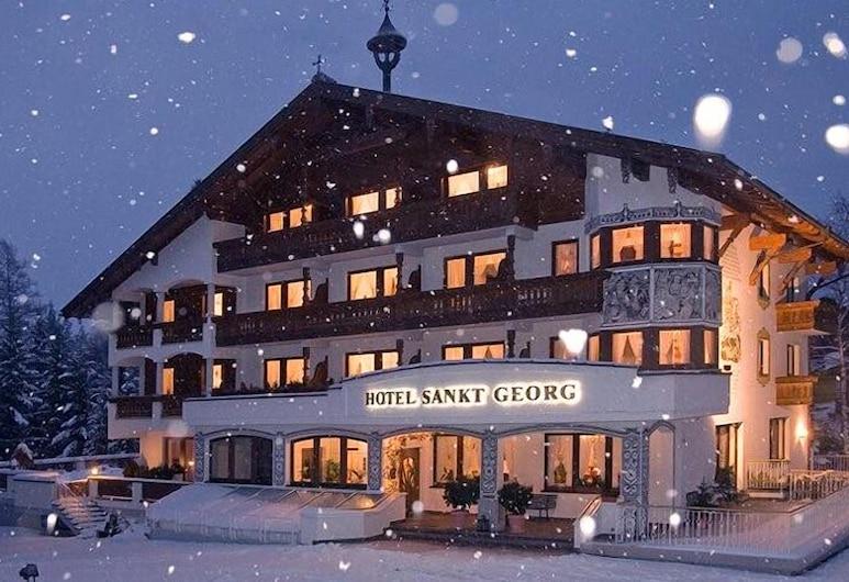 Hotel St. Georg, Seefeld in Tirol, Facciata hotel (sera/notte)