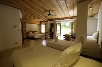 Choose This 2 Star Hotel In Boracay Island