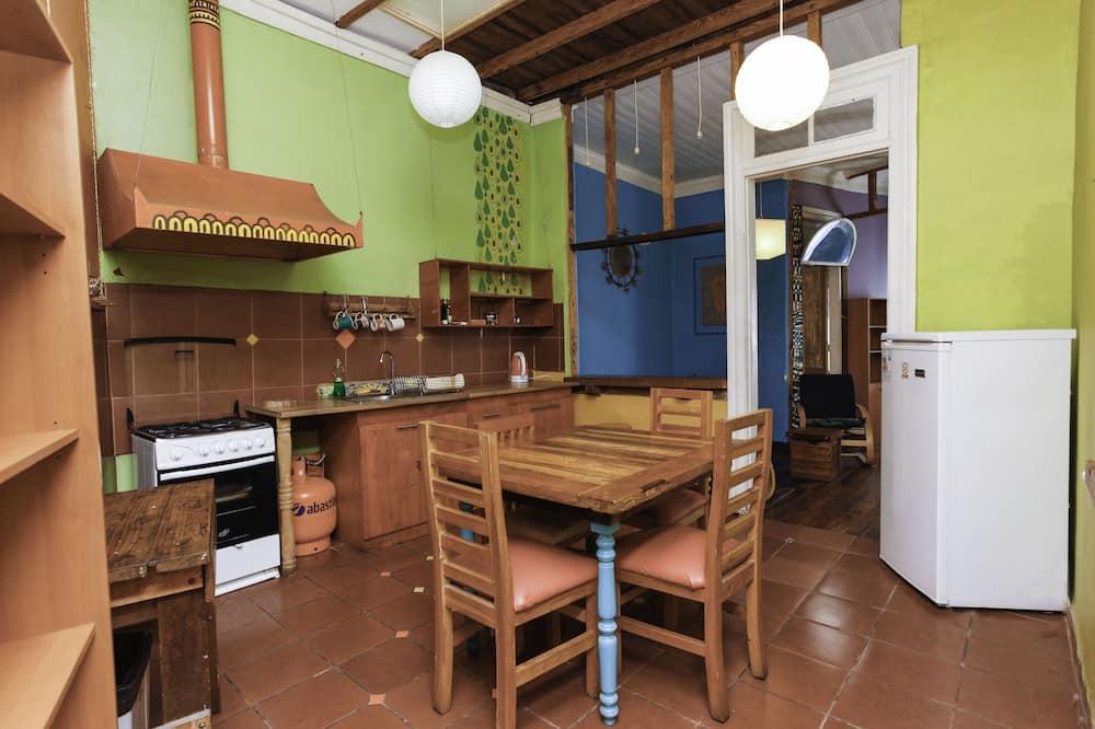 Apartamentai, 2 miegamieji, vaizdas į vandenyną - Vakarienės kambaryje