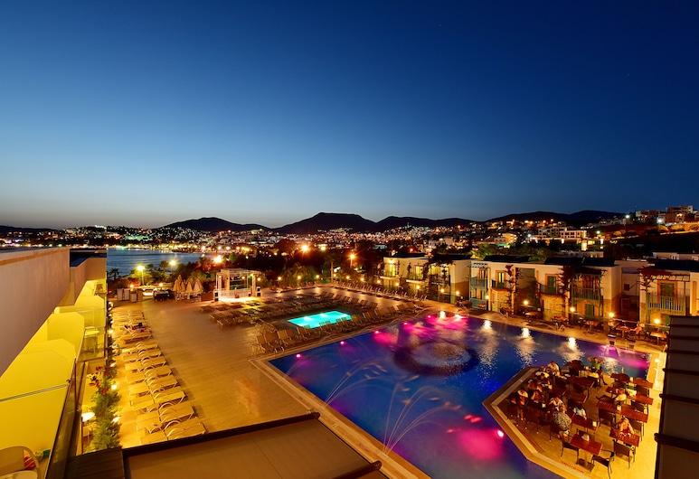 Jasmin Beach Hotel - All Inclusive, Бодрум, Відкритий басейн