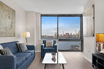 Picture of Global Luxury Suites Downtown Jersey City in Jersey City