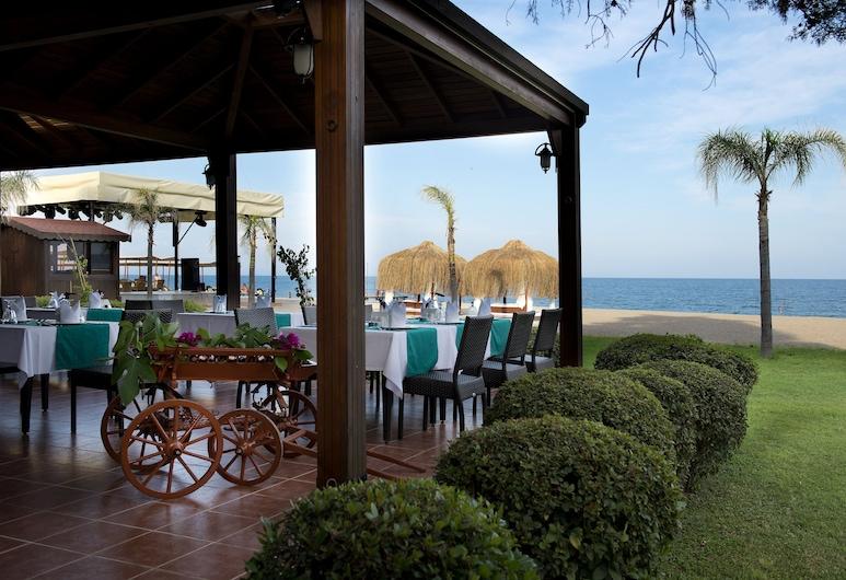 Seven Seas Hotel Life - All Inclusive (Ex. Otium Hotel Life), Kemer, Einestamine vabas õhus