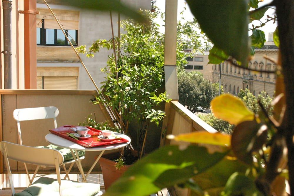 Habitación doble, balcón, vista al jardín - Balcón