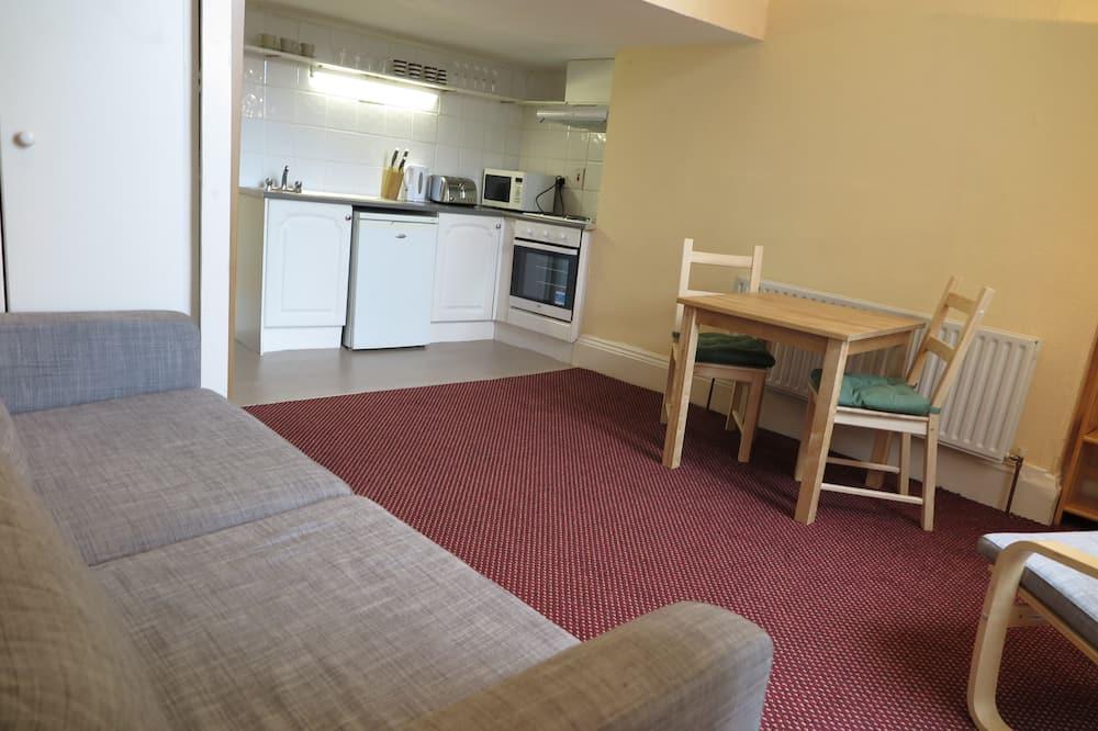Standard apartman, 1 hálószobával, konyha - Nappali rész