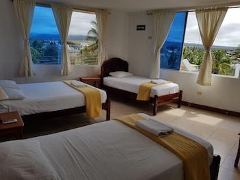 תמונה של Gloria-Galápagos Inn בפוארטו איורה