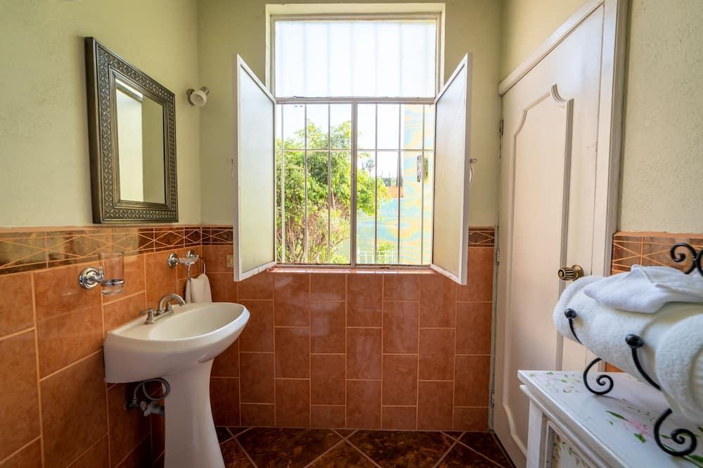 Master Suite Ambar - Phòng tắm