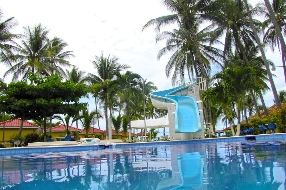 Tropiclub Playa El Cuco