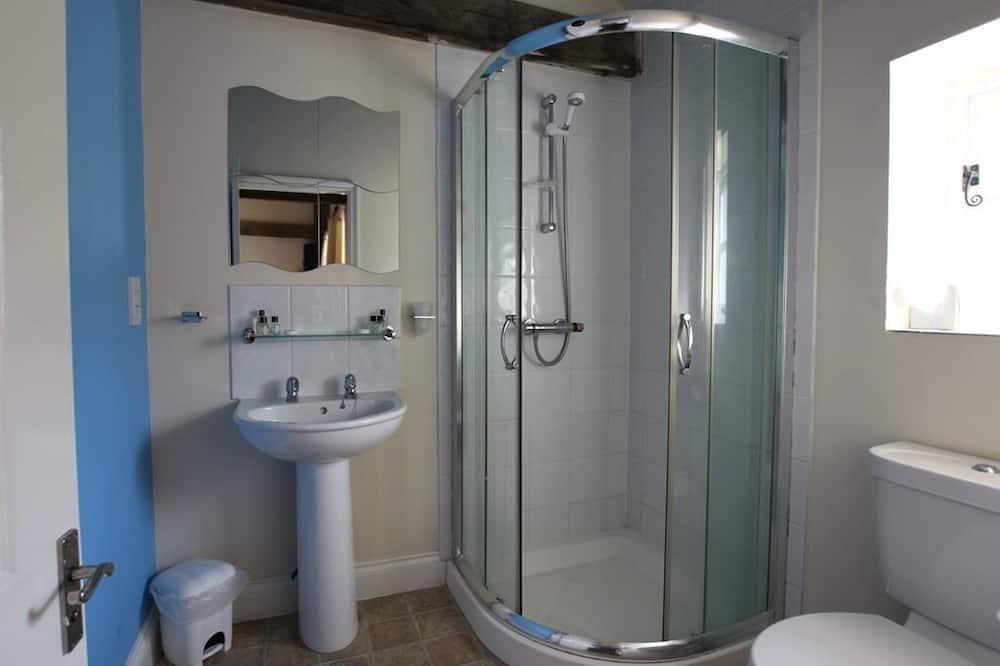 Suite, Ensuite - Bathroom