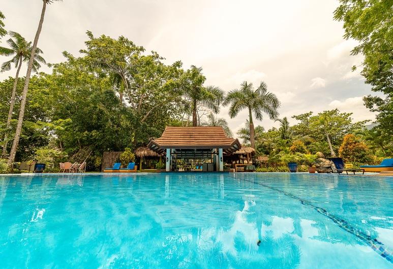 Daluyon Beach and Mountain Resort, Puerto Princesa, Bar Junto à Piscina