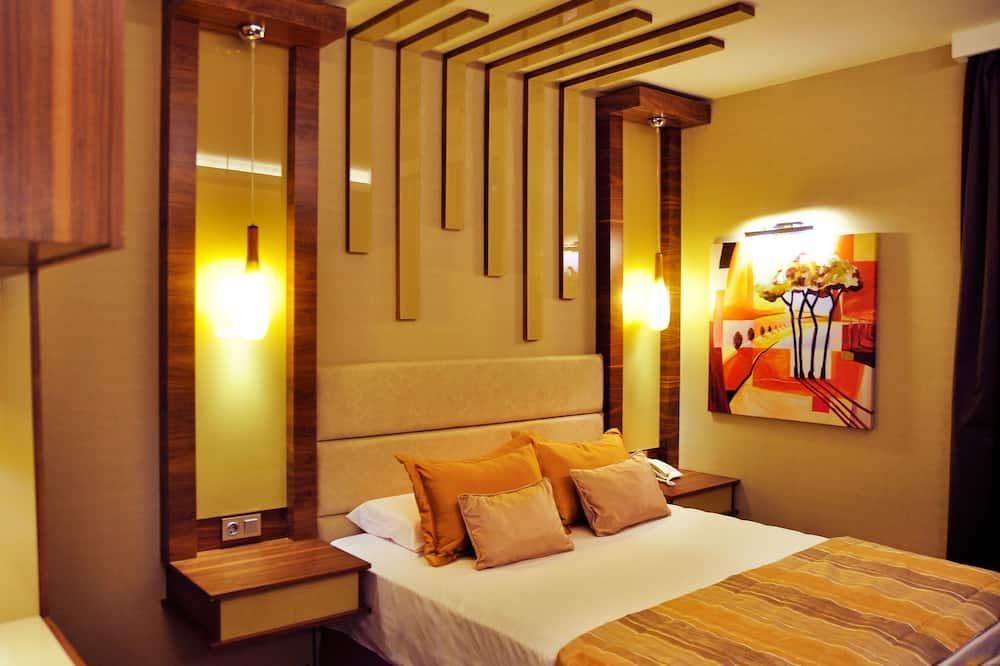 Avin Hotel, Izmir